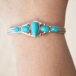Jewelry - Silver Turquoise Cuff Bracelet Southwestern Boho
